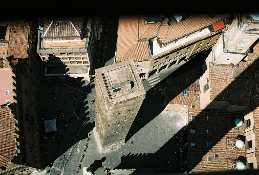 bologna-torre degli asinelli