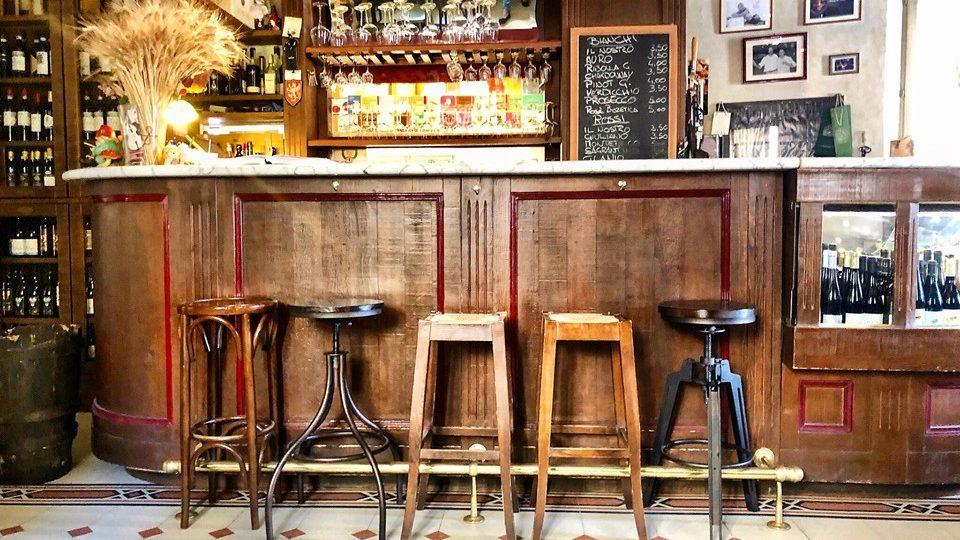 locale a Perugia ideale per un aperitivo o una cena sfiziosa